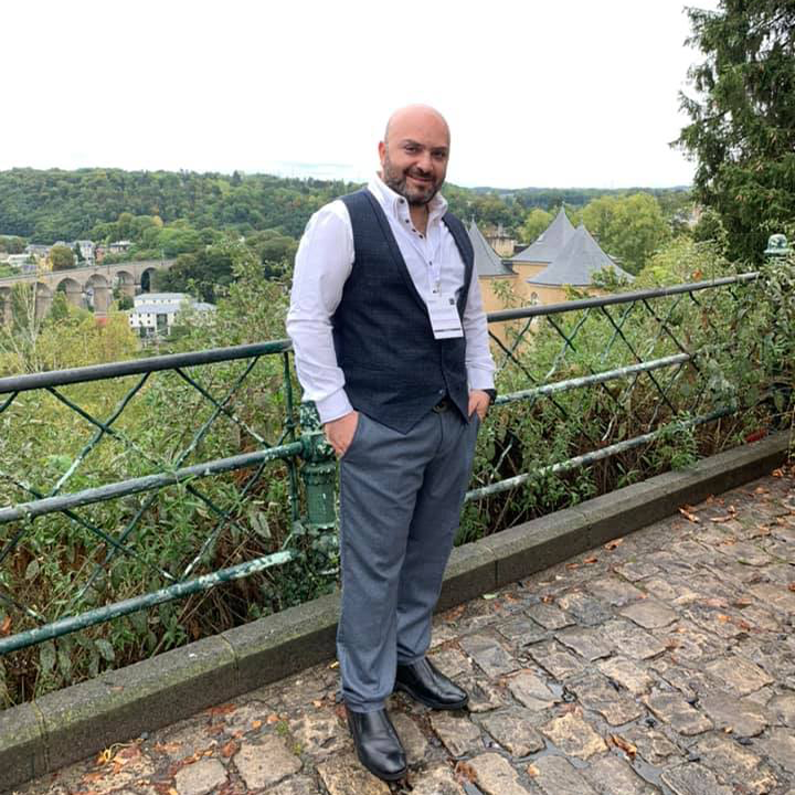 دكتور رامي العناني في Luxembourg
